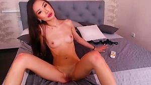 Asian cutie wants you